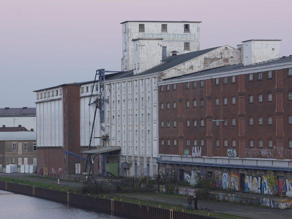 Dortmunder Hafen, Speicherstraße