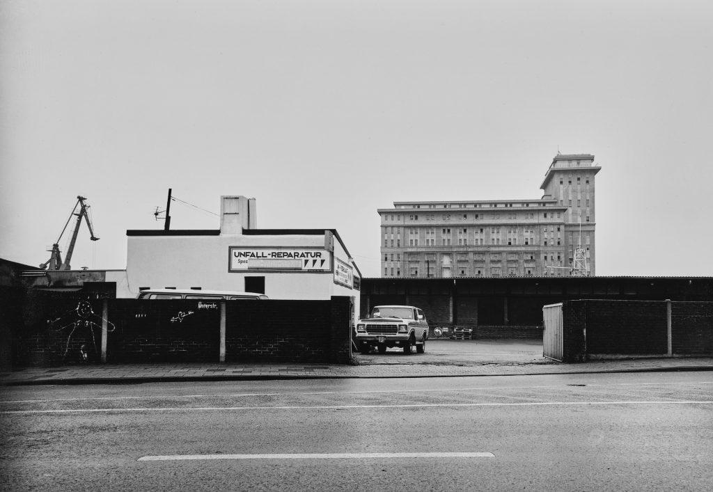 Duisburg, Unterstraße, das Gebäude im Hintergrund steht an der Schifferstraße