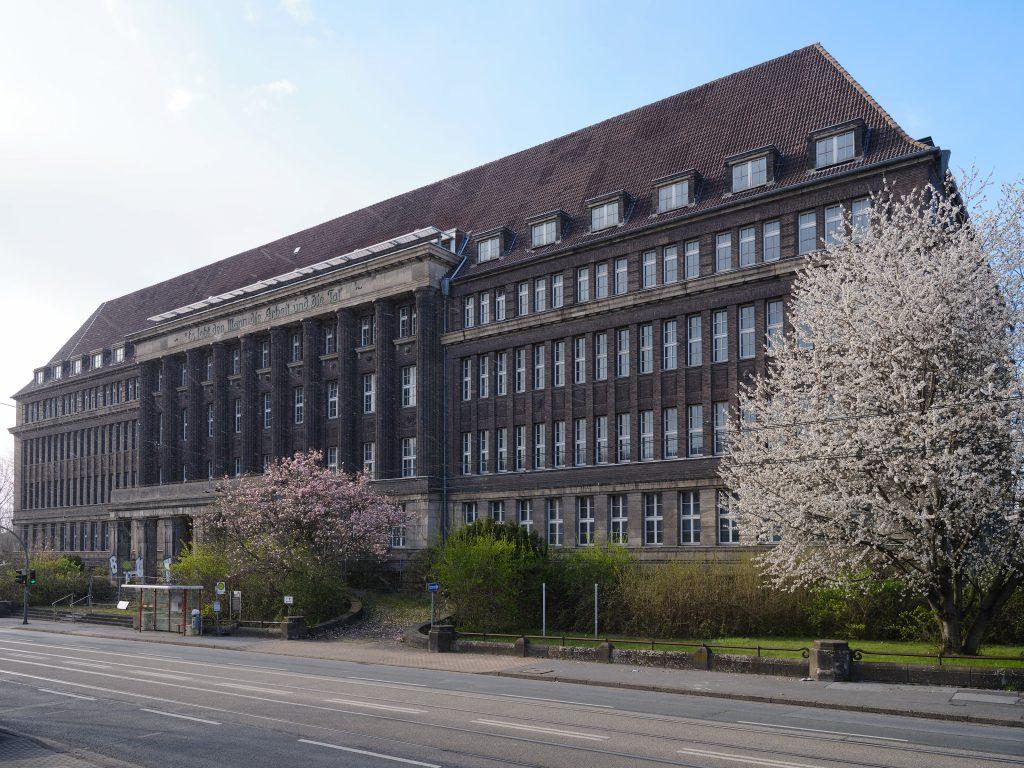 Verwaltungsgebäude Union und ehemaliges Versorgungsamt, Rheinische Straße, Dortmund